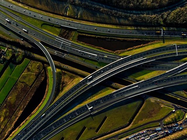 Knooppunt snelweg - studentchauffeur Apeldoorn
